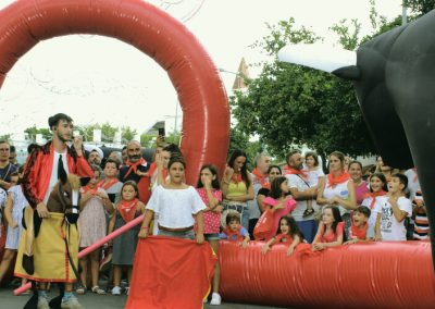 evento infantil taurino corrida toros hinchables