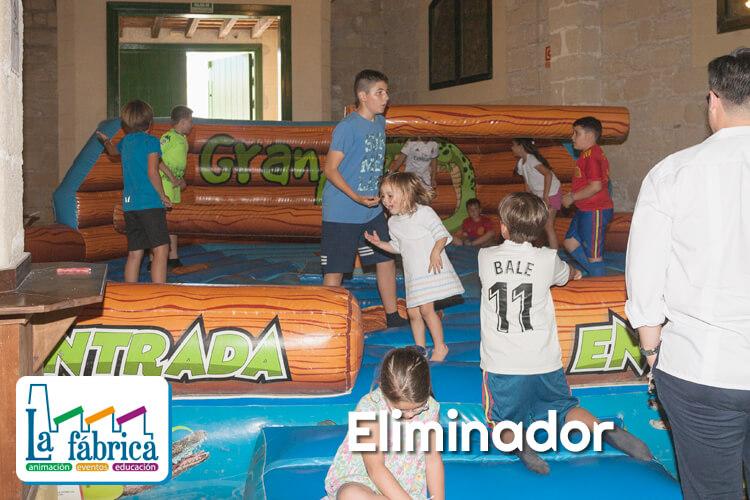 hinchable EL ELIMINADOR para comuniones en Jerez El Puerto CADIZ SEVILLA Y MALAGA